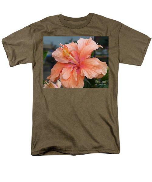Men's T-Shirt  (Regular Fit) featuring the photograph Peach And Cream by Lingfai Leung