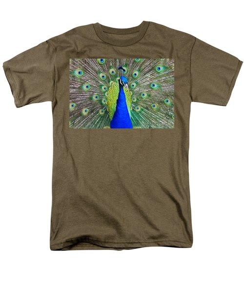 Peacock Men's T-Shirt  (Regular Fit) by Roger Becker