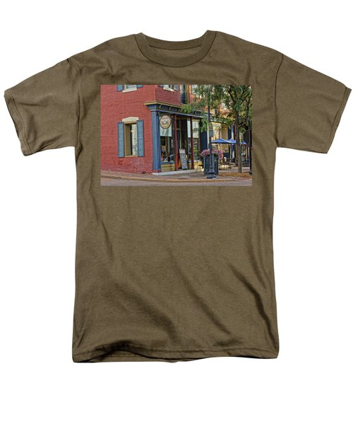 Picasso's N Main St Charles Mo Dsc00900  Men's T-Shirt  (Regular Fit) by Greg Kluempers