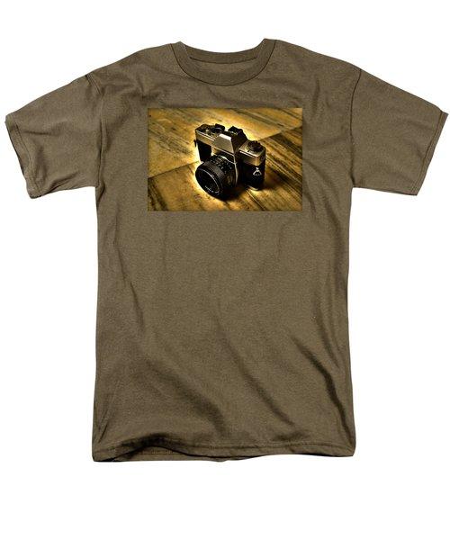Men's T-Shirt  (Regular Fit) featuring the photograph Porst Flex Slr by Salman Ravish
