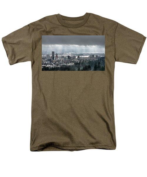 Portland Oregon After A Morning Rain Men's T-Shirt  (Regular Fit)