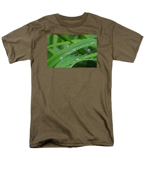 Pure Green Men's T-Shirt  (Regular Fit) by Julie Andel
