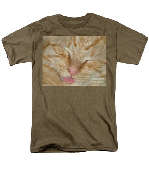 Raspberry Men's T-Shirt  (Regular Fit) by Living Color Photography Lorraine Lynch