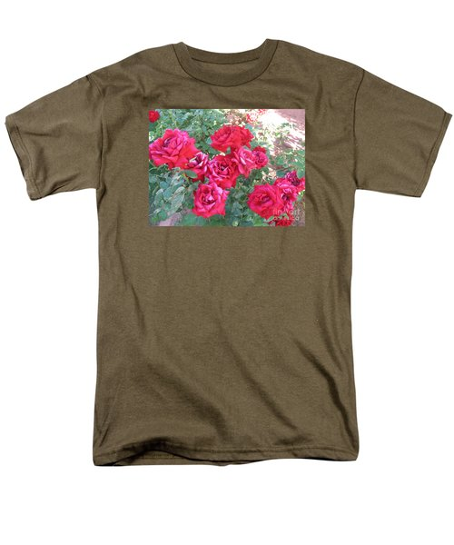 Men's T-Shirt  (Regular Fit) featuring the photograph Red And Pink Roses by Chrisann Ellis