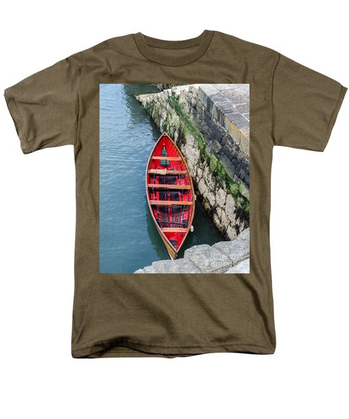 Red Canoe Men's T-Shirt  (Regular Fit) by Mary Carol Story