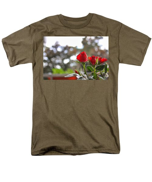 Red Roses Men's T-Shirt  (Regular Fit) by Daniel Precht