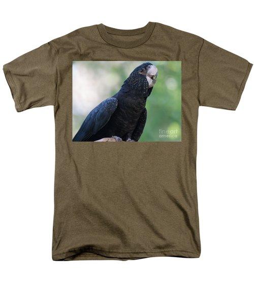 Red-tailed Black Cockatoo Men's T-Shirt  (Regular Fit)