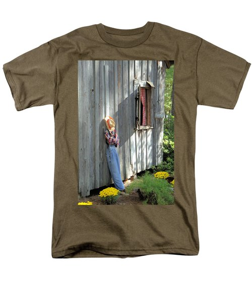 Men's T-Shirt  (Regular Fit) featuring the photograph Resting by Gordon Elwell