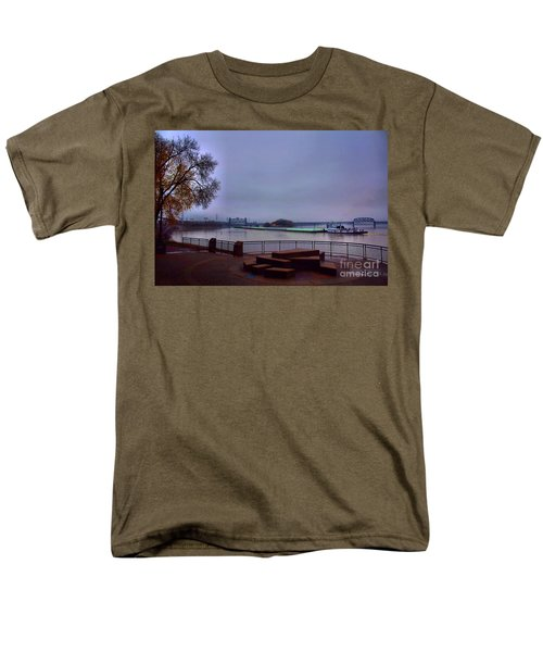 Men's T-Shirt  (Regular Fit) featuring the photograph Rollin Onna River by Robert McCubbin