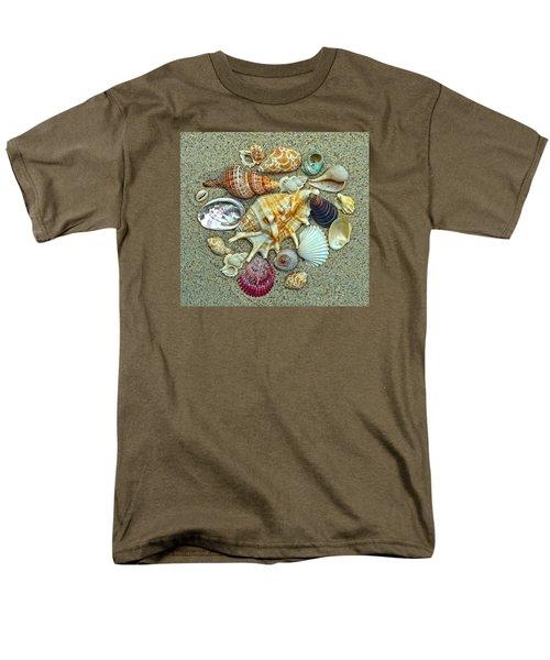 Seashells Collection Men's T-Shirt  (Regular Fit) by Sandi OReilly