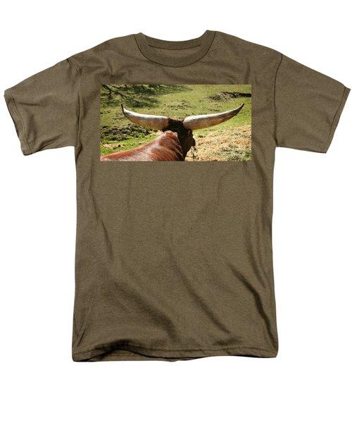 Men's T-Shirt  (Regular Fit) featuring the photograph Showing Off My Rack by Carol Lynn Coronios