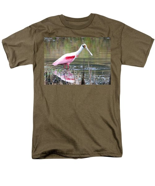 Spoonbill In The Pond Men's T-Shirt  (Regular Fit) by Carol Groenen