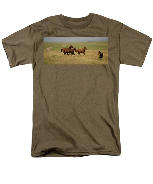 Men's T-Shirt  (Regular Fit) featuring the photograph Stances by Rima Biswas