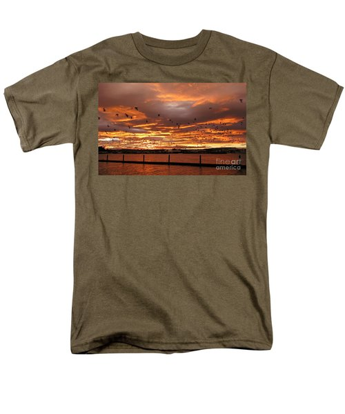 Sunset In Tauranga New Zealand Men's T-Shirt  (Regular Fit) by Jola Martysz