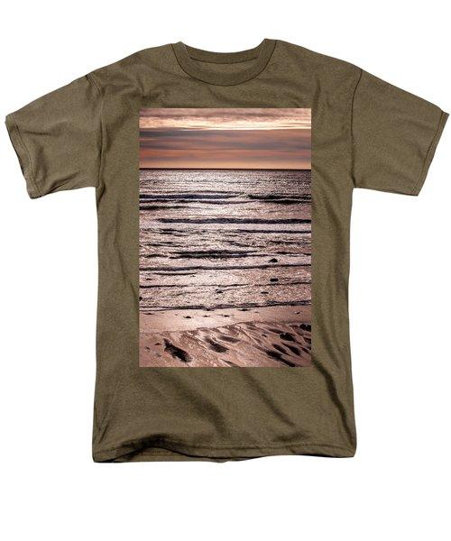 Sunset Ocean Men's T-Shirt  (Regular Fit) by Roxy Hurtubise