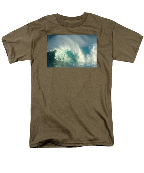 Surfing Jaws 3 Men's T-Shirt  (Regular Fit) by Bob Christopher