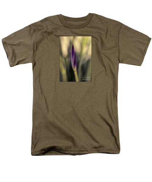 Siberian Iris Bud Men's T-Shirt  (Regular Fit) by Jean OKeeffe Macro Abundance Art