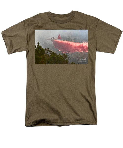 Men's T-Shirt  (Regular Fit) featuring the photograph Tanker 07 On Whoopup Fire by Bill Gabbert