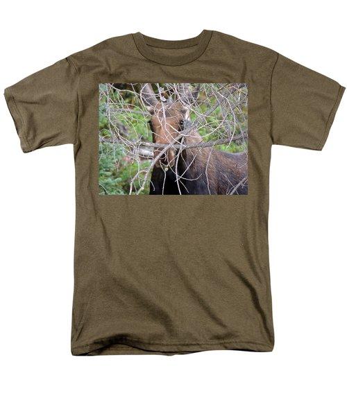 The Calf Men's T-Shirt  (Regular Fit) by Lynn Sprowl