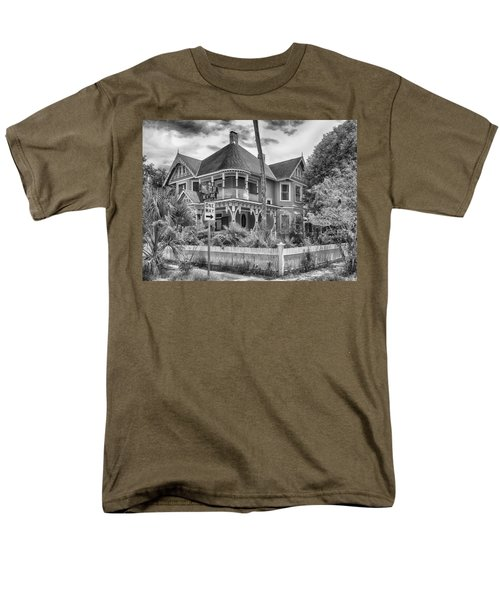 Men's T-Shirt  (Regular Fit) featuring the photograph The Gingerbread House by Howard Salmon