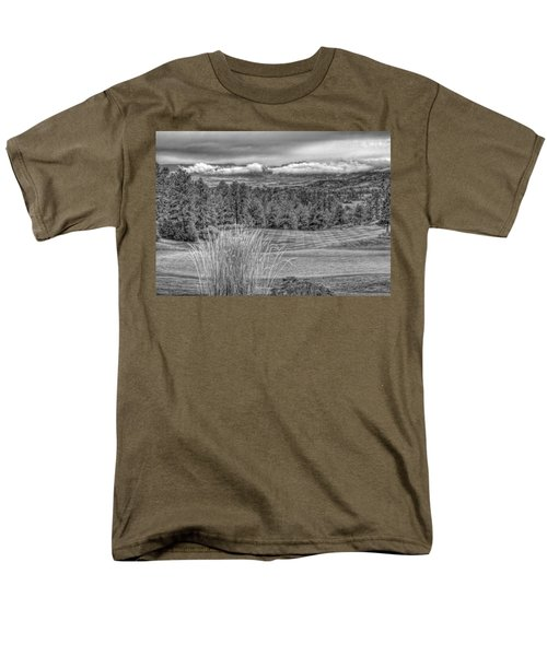 Men's T-Shirt  (Regular Fit) featuring the photograph The Ridge 18th by Ron White