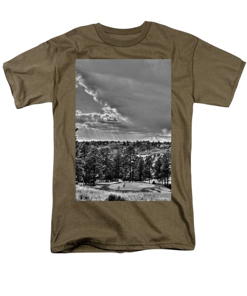 Men's T-Shirt  (Regular Fit) featuring the photograph The Ridge Golf Course by Ron White