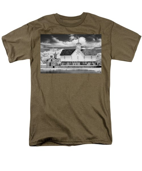 The Star Barn - Infrared Men's T-Shirt  (Regular Fit) by Paul W Faust -  Impressions of Light