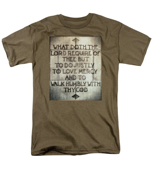 Men's T-Shirt  (Regular Fit) featuring the photograph The Writing Is On The Wall by Glenn McCarthy Art and Photography