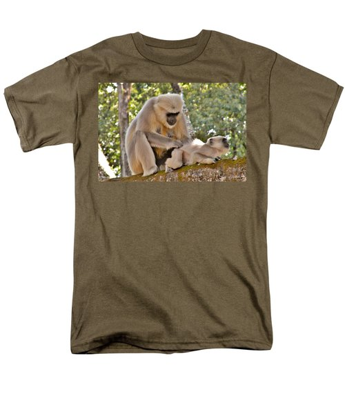 There Is Nothing Like A  Backscratch - Monkeys Rishikesh India Men's T-Shirt  (Regular Fit)