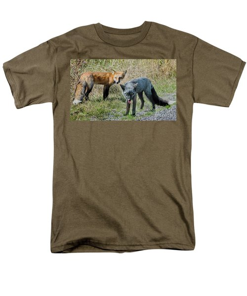 Two Fox Seattle Men's T-Shirt  (Regular Fit) by Jennie Breeze