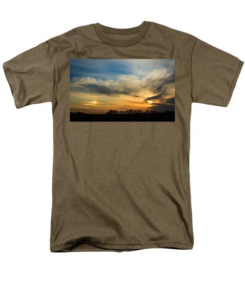Men's T-Shirt  (Regular Fit) featuring the photograph Two Suns Over Kentucky by Peta Thames