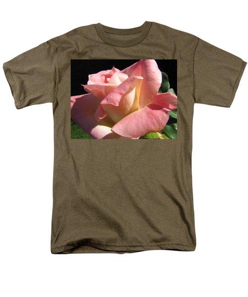 Men's T-Shirt  (Regular Fit) featuring the photograph Victorian Beauty by Jennifer Wheatley Wolf