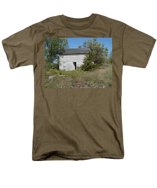 Men's T-Shirt  (Regular Fit) featuring the photograph Abandoned by Bonfire Photography