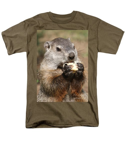 Animal - Woodchuck - Eating Men's T-Shirt  (Regular Fit)