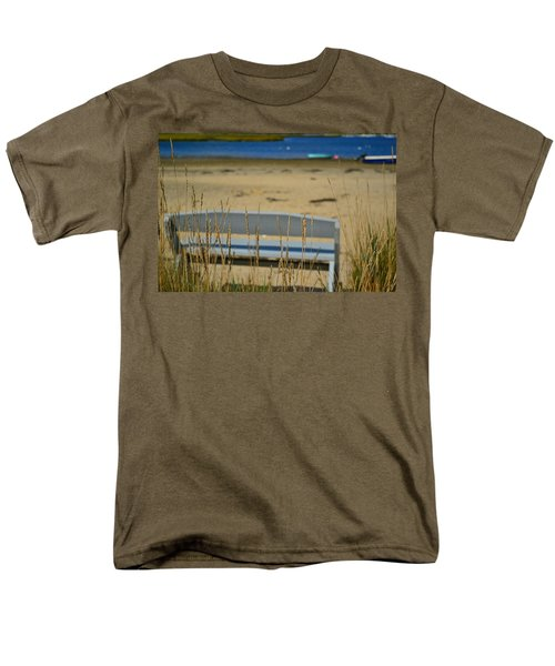 Bench On The Beach Men's T-Shirt  (Regular Fit) by Bonnie Myszka