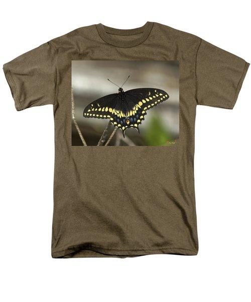 Black Swallowtail Din103 Men's T-Shirt  (Regular Fit) by Gerry Gantt