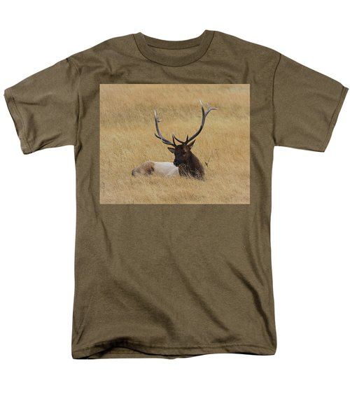Men's T-Shirt  (Regular Fit) featuring the photograph Elk In The Meadow by Steve McKinzie