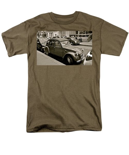 Men's T-Shirt  (Regular Fit) featuring the photograph Favored Car by Eric Tressler