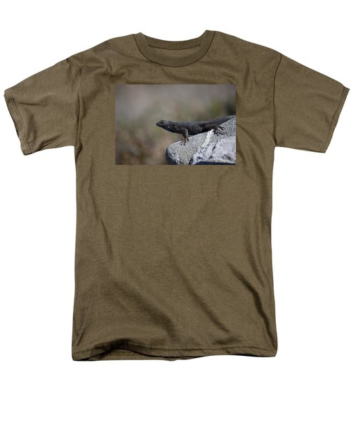 Look At Me Men's T-Shirt  (Regular Fit) by Ivete Basso Photography