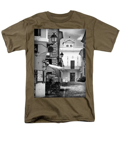 Men's T-Shirt  (Regular Fit) featuring the photograph Old Town by Pedro Cardona