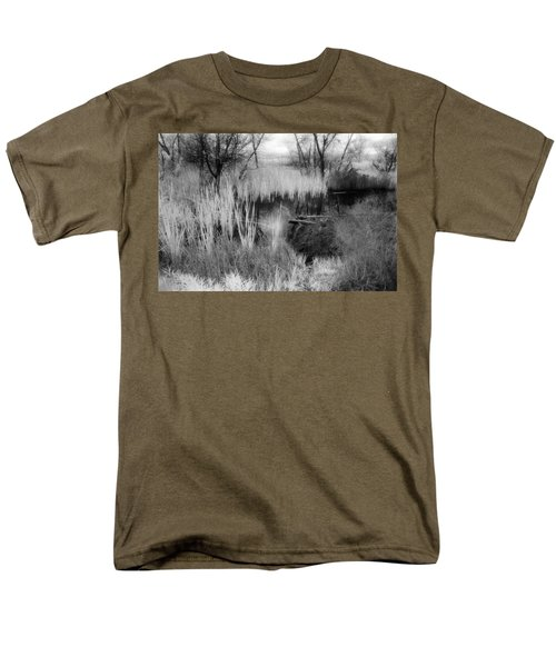 Pond Men's T-Shirt  (Regular Fit) by Mark Greenberg
