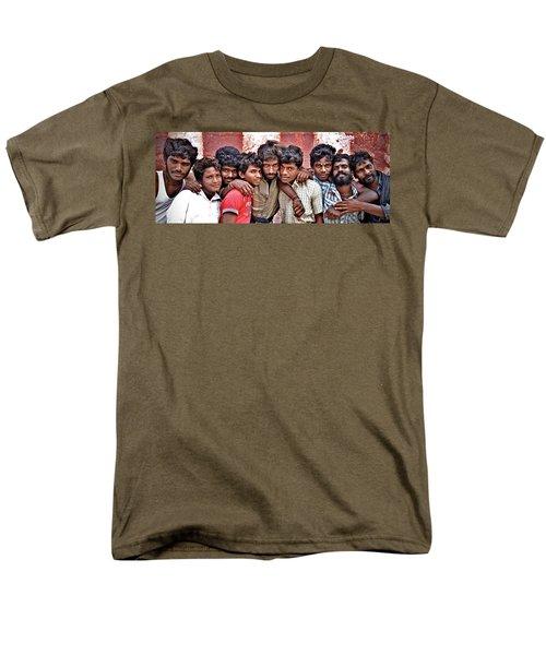 Strong Bonds Men's T-Shirt  (Regular Fit) by Valerie Rosen