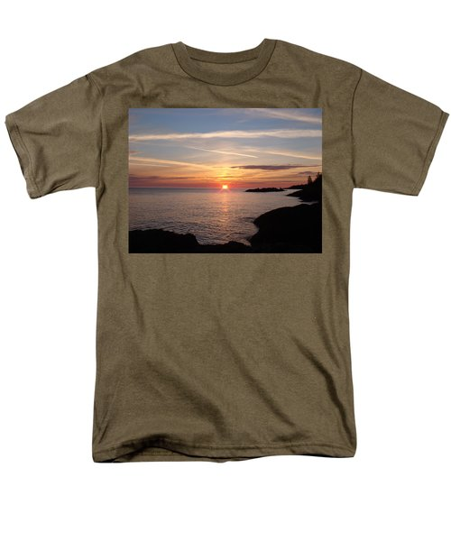 Men's T-Shirt  (Regular Fit) featuring the photograph Sun Up On The Up by Bonfire Photography