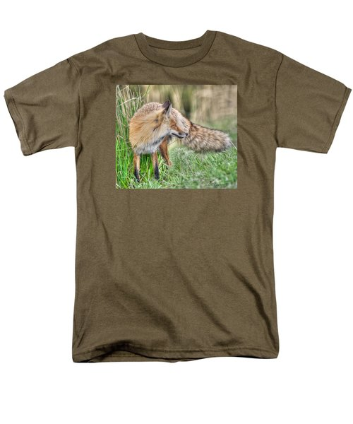 Tail Of The Fox Men's T-Shirt  (Regular Fit) by CR  Courson