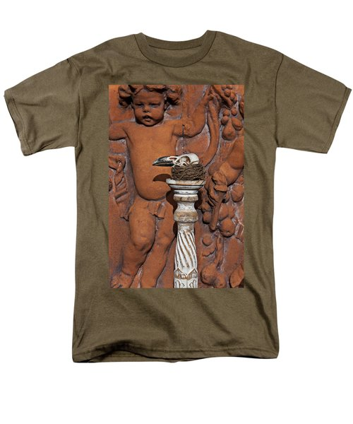 Turkey Vulture Skull Men's T-Shirt  (Regular Fit) by Garry Gay