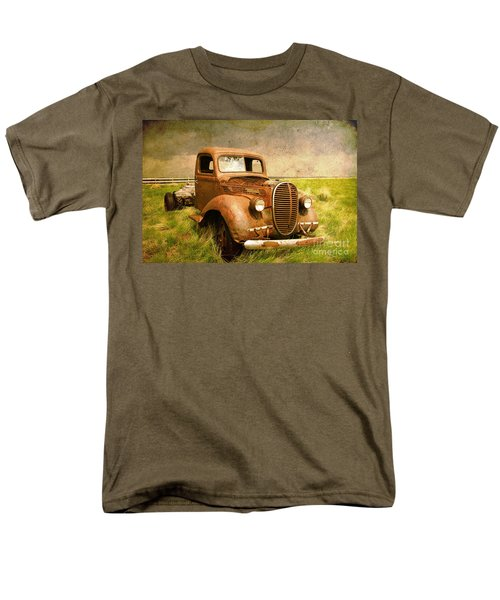 Two Ton Truck Men's T-Shirt  (Regular Fit) by Alyce Taylor