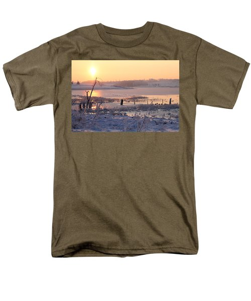 Men's T-Shirt  (Regular Fit) featuring the photograph Winter's Morning by Elizabeth Winter