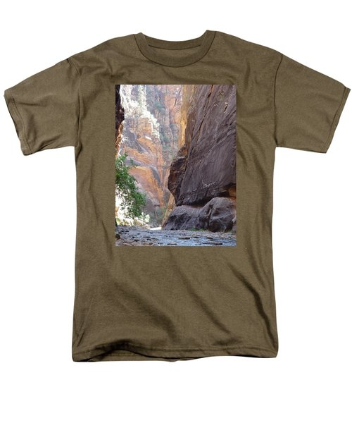 Zion Awe Men's T-Shirt  (Regular Fit) by Elizabeth Sullivan