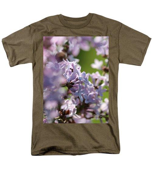 Common Purple Lilac Men's T-Shirt  (Regular Fit) by J McCombie