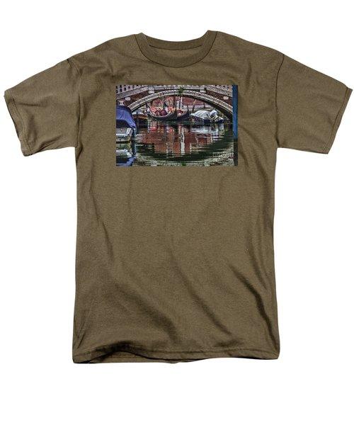 Framed Gondolas Men's T-Shirt  (Regular Fit)
